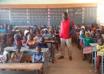 Dépistage et motivation à l'hygiène à l'école Bimbili