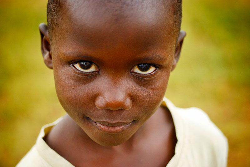 Aider les enfants et les personnes du Burkina Faso